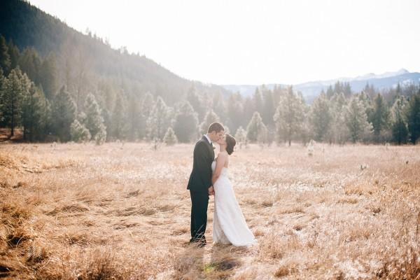 Kelsey and Joe's Winter Wedding at Pine River Ranch in Leavenworth, Washington