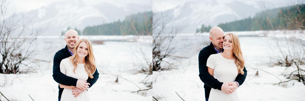 Washington_Winter_Engagement_Snowy_003
