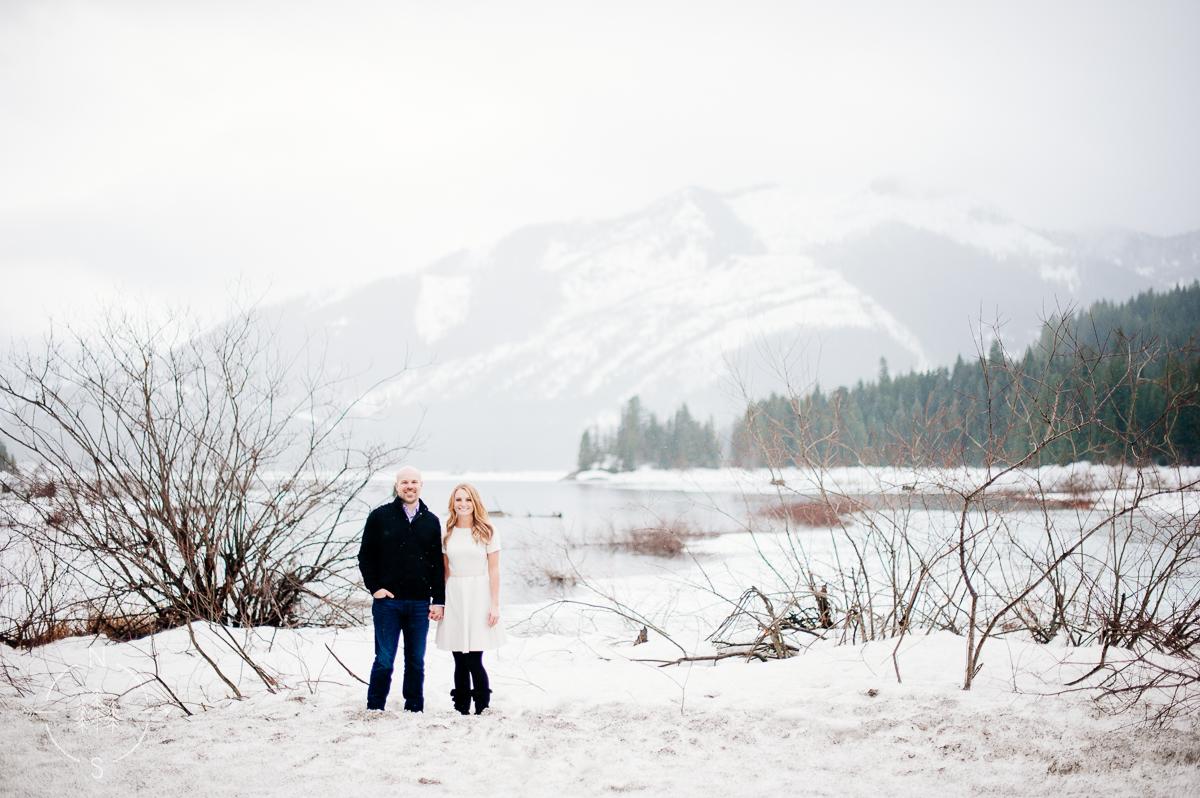 Washington_Winter_Engagement_Snowy_004