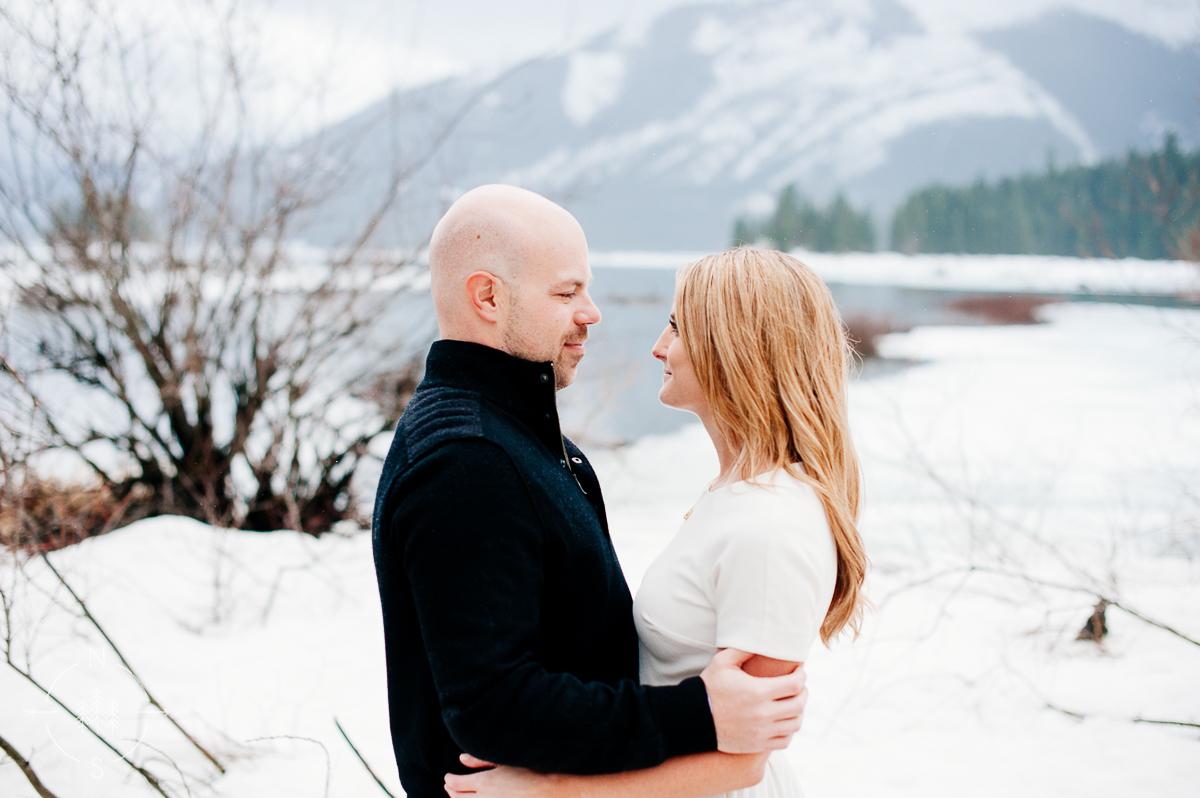 Washington_Winter_Engagement_Snowy_006
