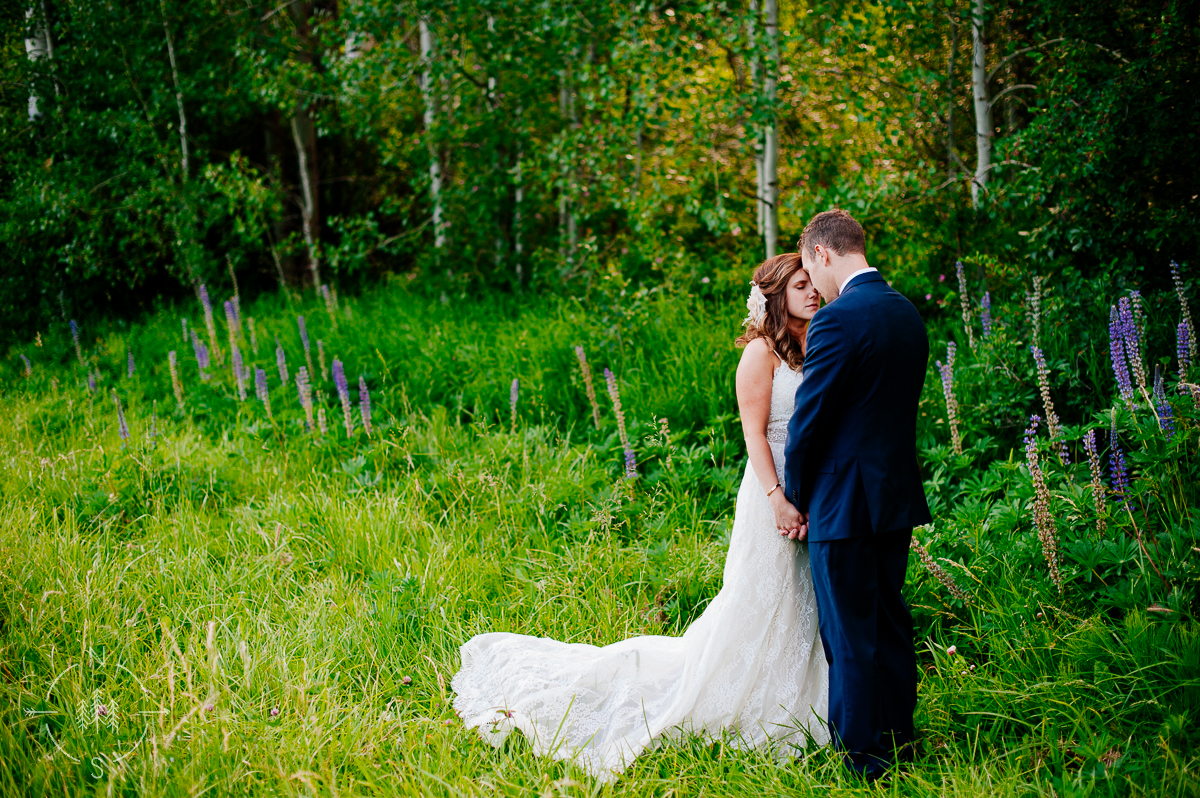 Romantic Leavenworth Wedding
