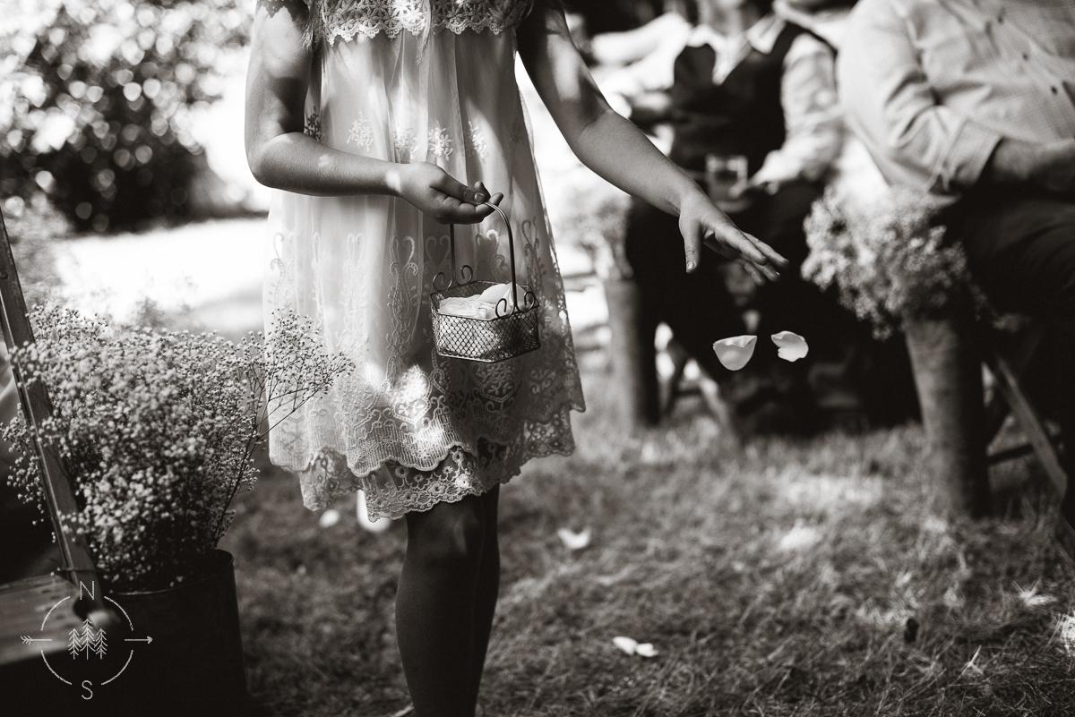 NealandSaskiaPhotography_Whidbey_Wedding_004